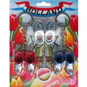 Wooden Shoes 3 keychains 2 wooden shoes 4cm