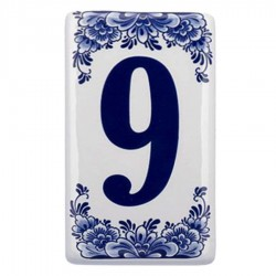 Housenumber 9 - Delft Blue