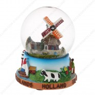 Holland Windmill Cow - Snow Globe 9 cm